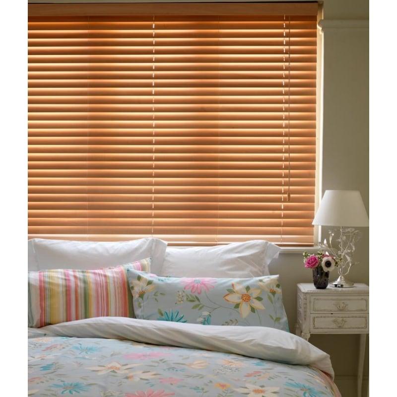 ... Beech 25mm Essential Sunwood Venetian Window Blind. U2039